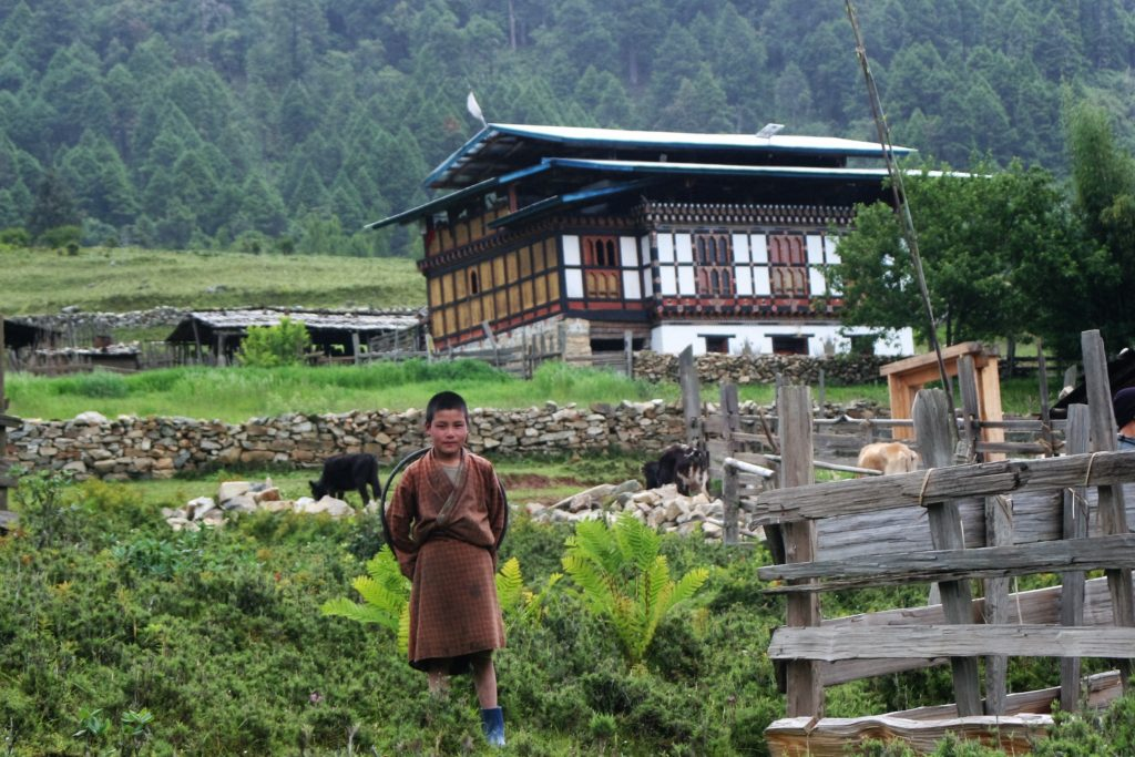 Phobjikha boy and house | Bhutan Visit